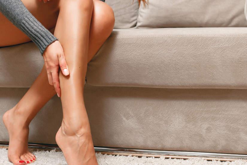 Problemi di circolazione alle gambe e mani, sintomi e rimedi
